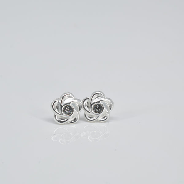 rose ear studs - Pixi daisy