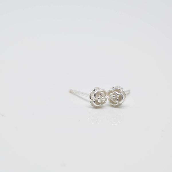 rose earrings - Pixi Daisy