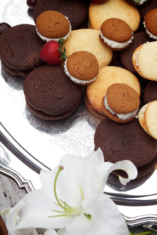 whoopie pies of assorted flavors