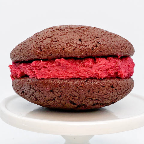 hanky hanky whoopie pie with chocolate cakes and raspberry cream