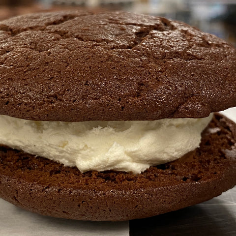 chocolate almond whoopie pies