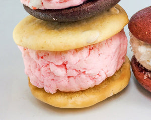 white chocolate and raspberry whoopie pie