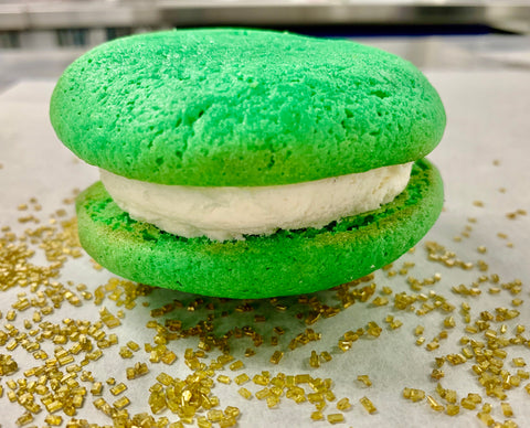 Smart Irish Blonde Whoopie Pies