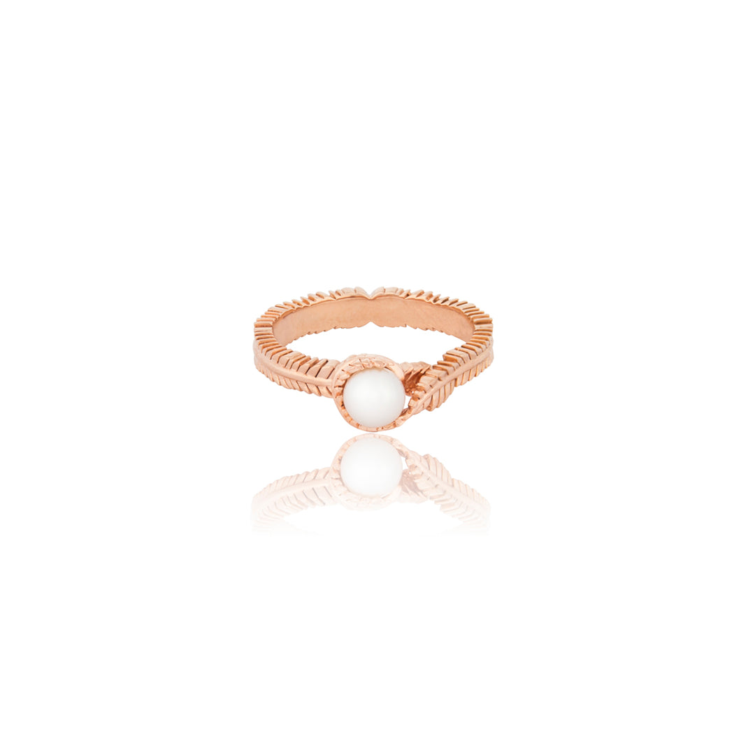 Floral Rose Gold and Shell Pearl Ring