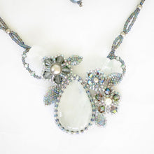 Load image into Gallery viewer, Moonstone Flower Necklace
