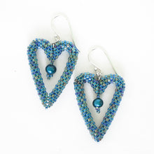 Load image into Gallery viewer, Woven Heart Earrings with Pearls