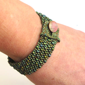 Button Bracelet with Two-Size Cylinder Beads