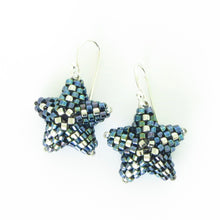 Load image into Gallery viewer, Twinkling Stars Earrings