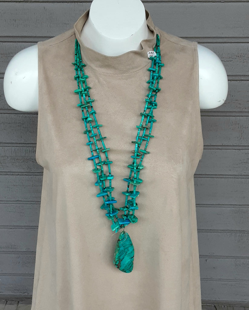 Vintage Santo Domingo Turquoise Tab Necklace with Large Turquoise Slab