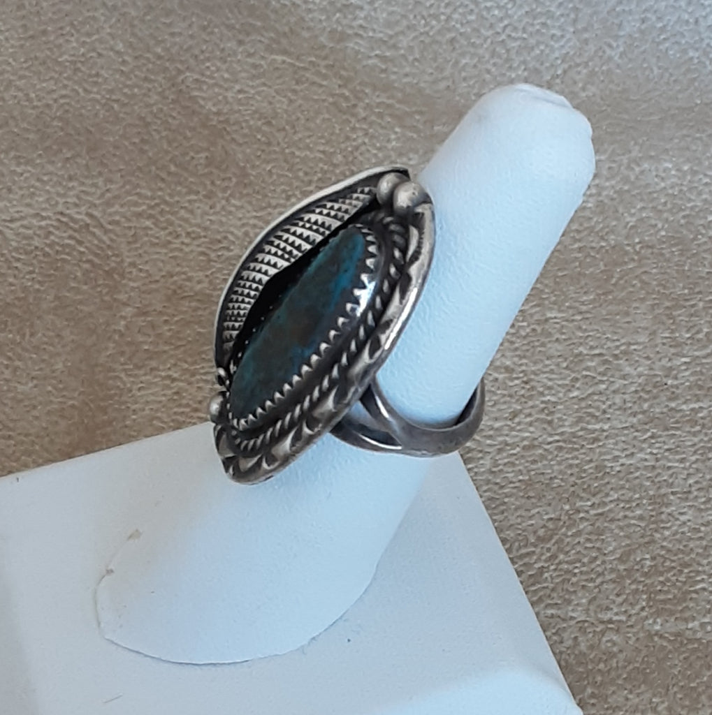 Authentic Vintage Navajo Ring with Blue Bisbee Turquoise and Handmade Leaf and Silver Work