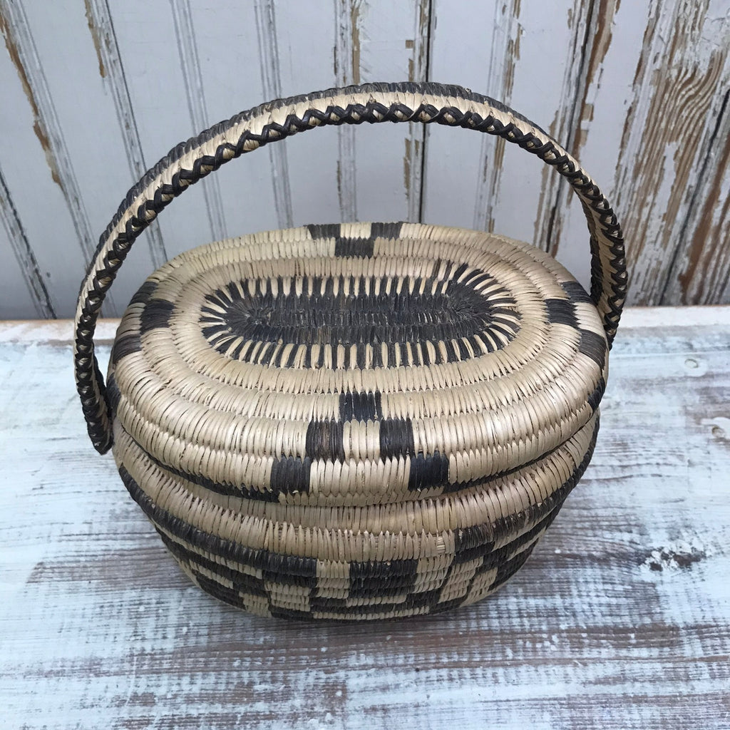SOLD Vintage Tohono O'odham Papago Coiled Purse with Lid Circa 1940's to 50's