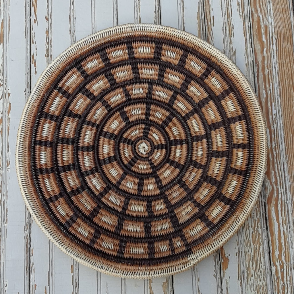 Mary Holiday Black, Navajo coiled basket - Cheyenne Blanket Design