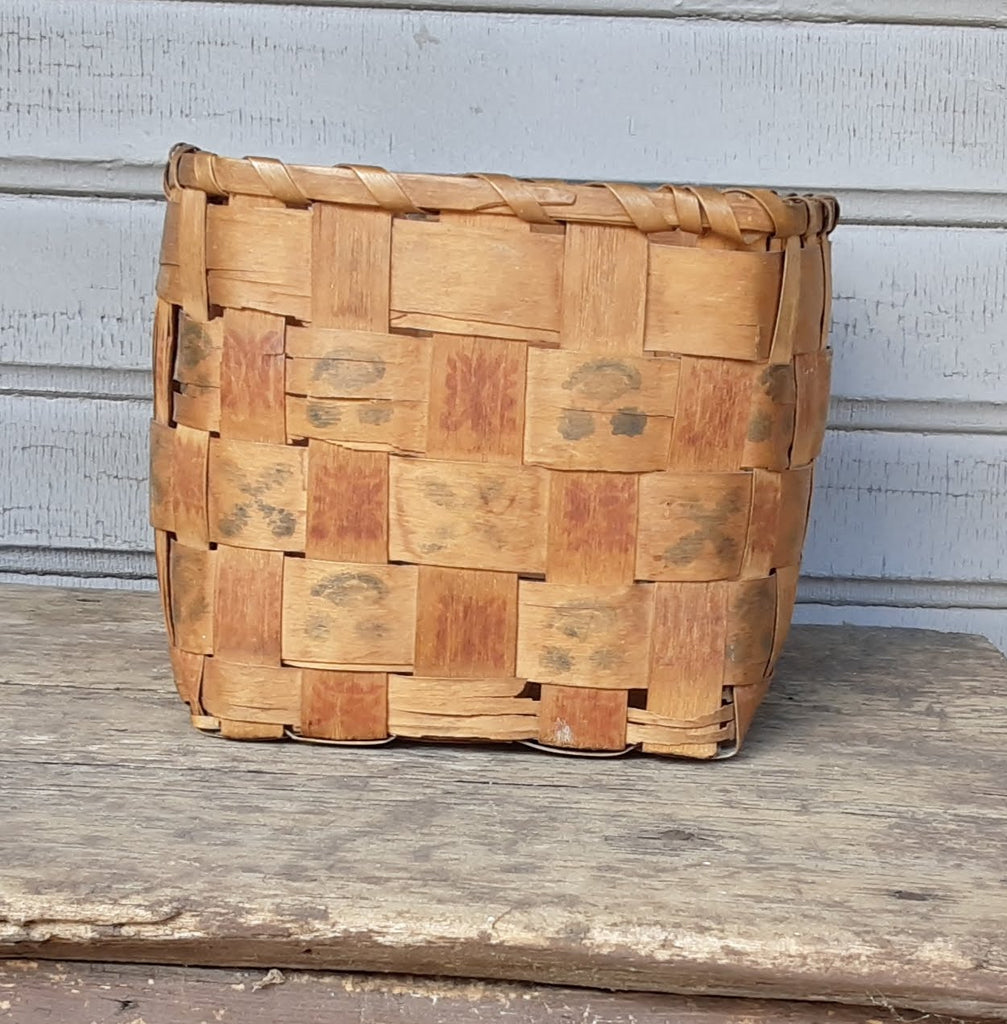 Algonkian Vintage Splint Wood Potato Stamp Basket 1930's  NL20