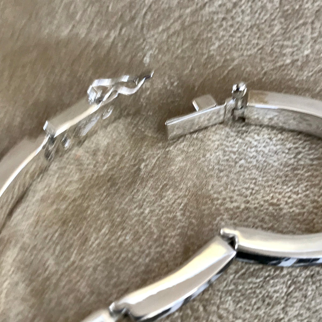 Supersmith Contemporary Navajo Inlay Link Bracelet with Natural White Buffalo Designed by David Rosales 0/116