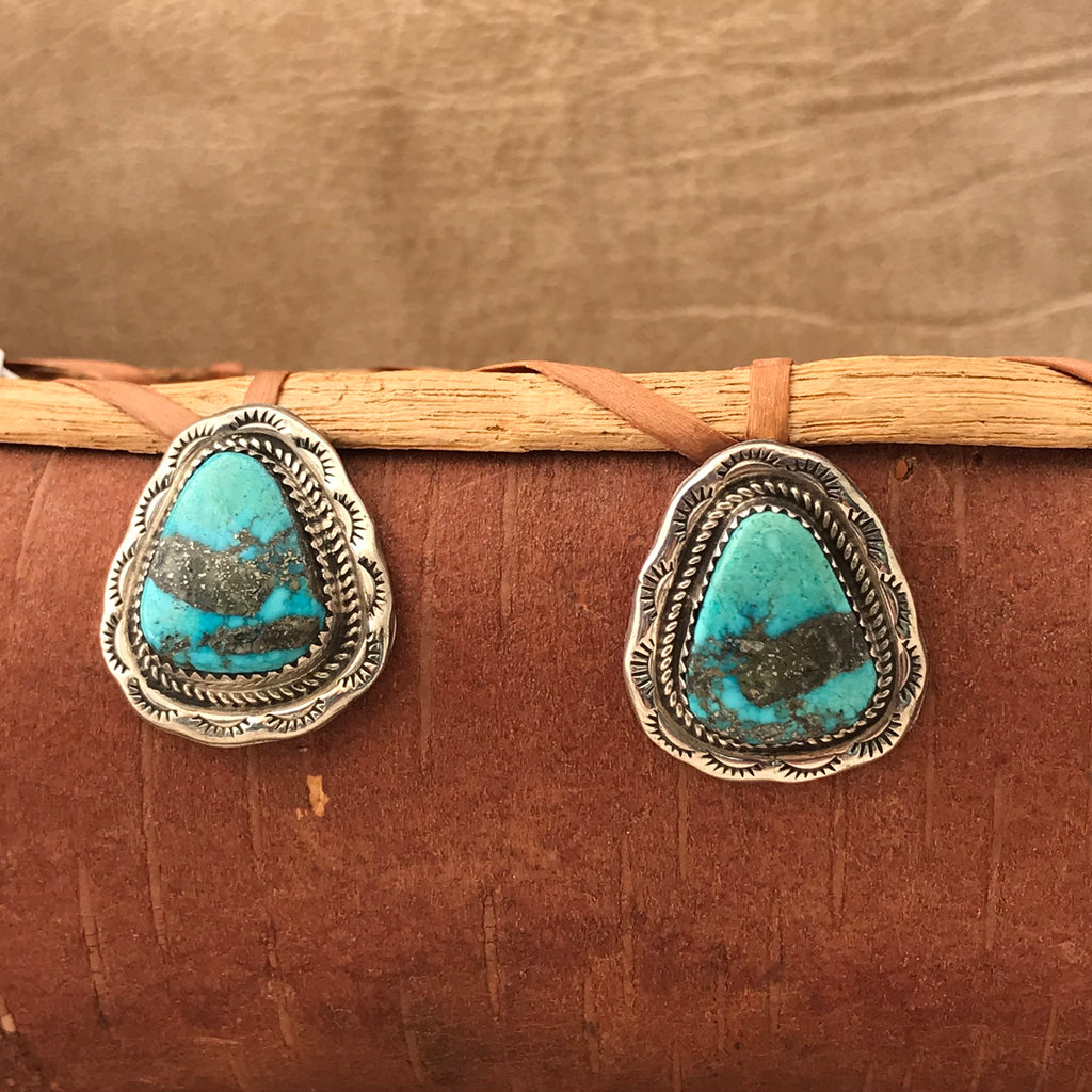 "Navajo Turquoise Earrings with Twist Rope and Hand Stamped Outline, Signed ""A""   KD408"