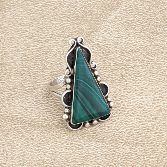 Navajo Malachite Ring, signed by artist (DE11)