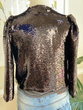 "Load image into Gallery viewer, Black Sequins ""crop"" Jacket"