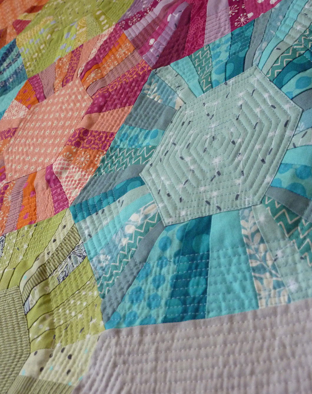 Hexa -scrappy Quilt Sewing Pattern