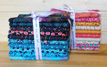 Load image into Gallery viewer, Reef - Half Collection Fat Quarter Bundle