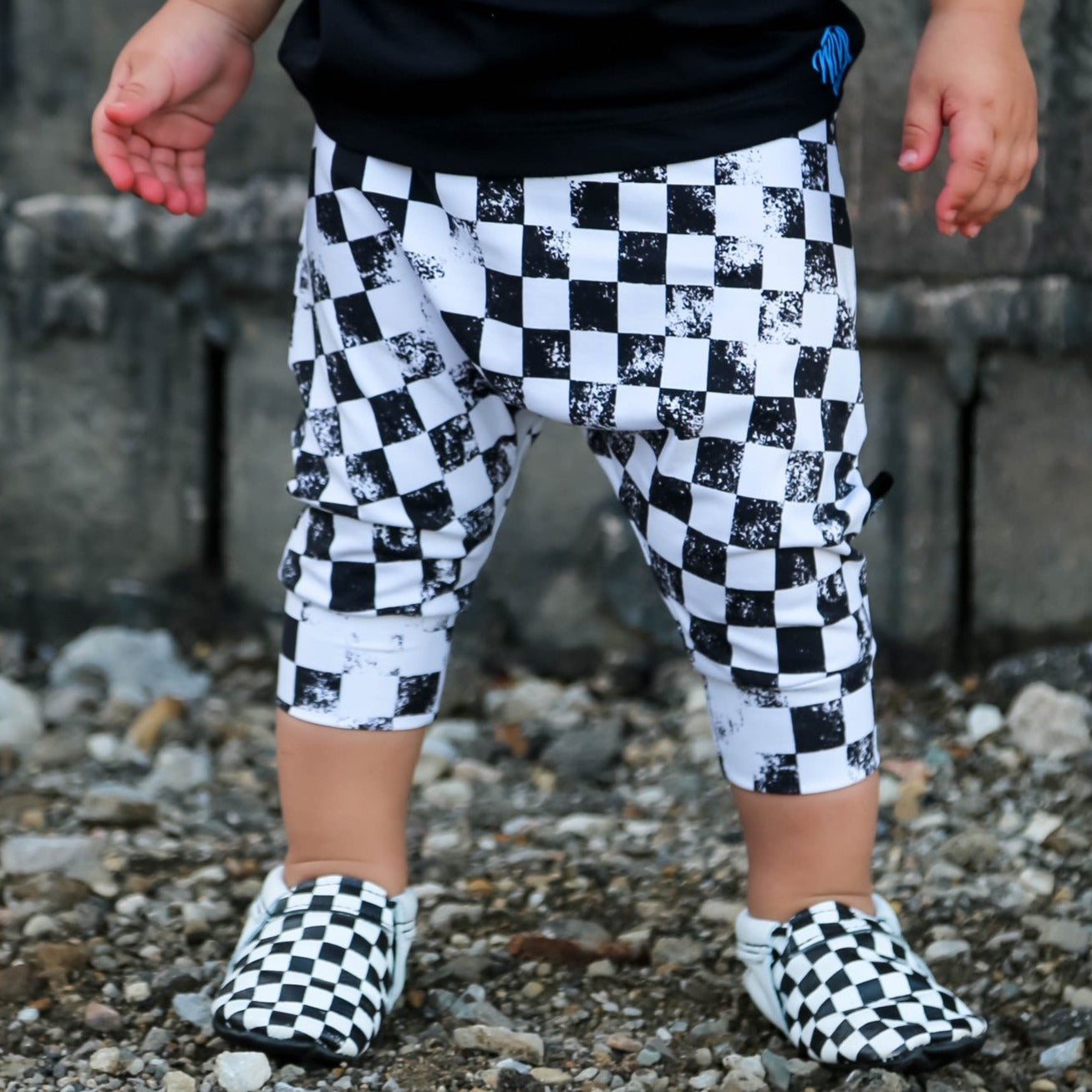 Distressed Checkered Shorts / Bummies