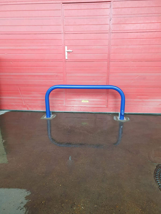 Heavy Duty Steel Removable Hoop Barrier 1.5m Long