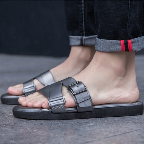 Couple fashion metal buckle slippers