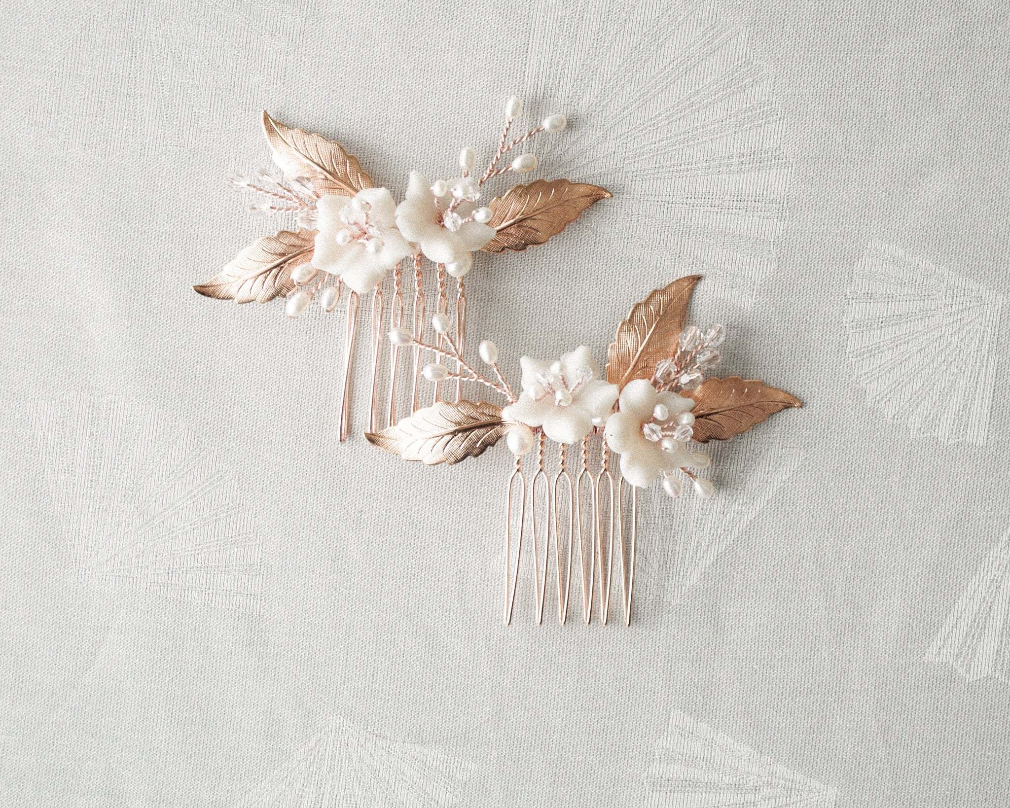 *design sale - 2 available* Rose Gold Floral Comb