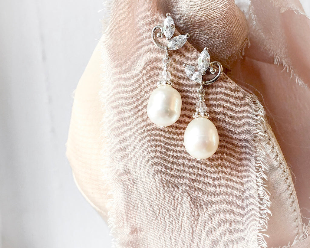 *Best Seller! Limited Quantity* Serra Drops ('grade C' freshwater pearls)