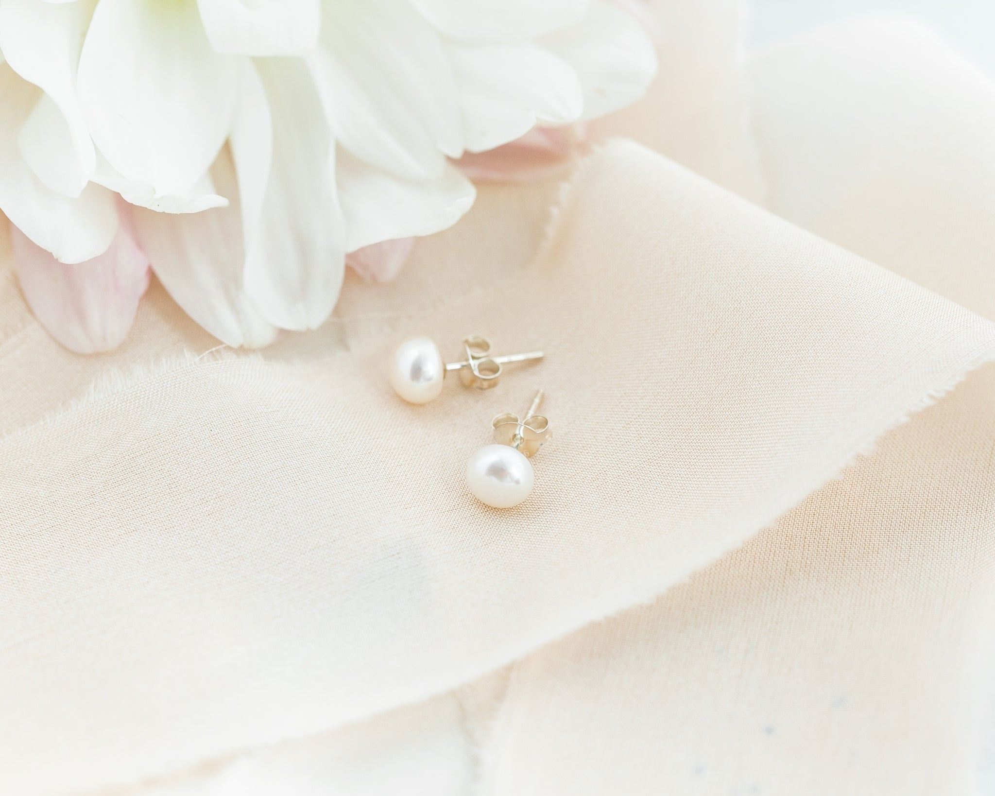 Freshwater Studs