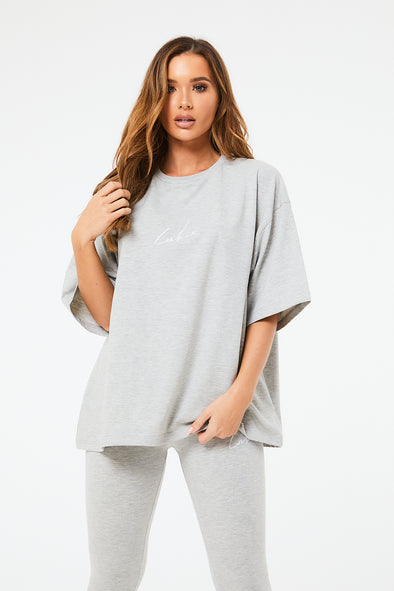 ESSENTIALS OVERSIZED TEE