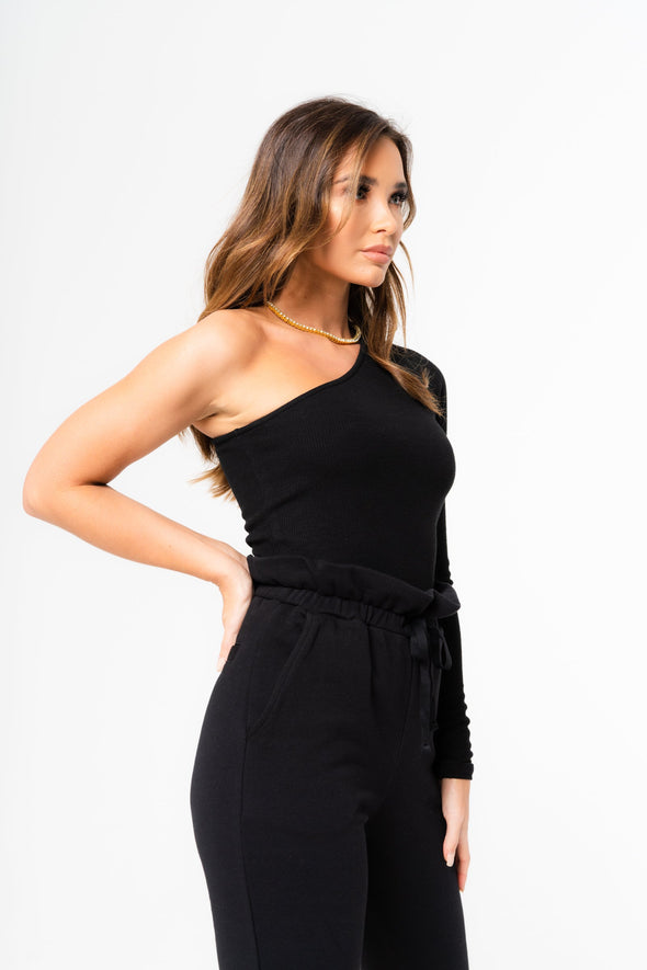 ONE SHOULDER RIBBED LS FITTED TOP
