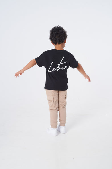 KIDS REVERSE PRINT SIGNATURE TEE BLACK