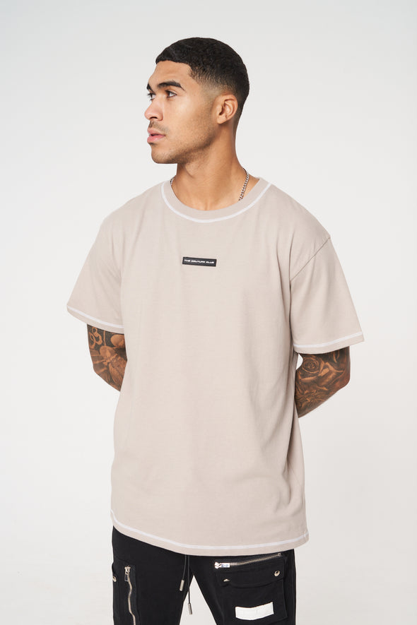 LOGO BACK PRINT RELAXED FIT RUBBER TAB T-SHIRT