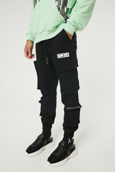 MULTI POCKET CARGO WITH REFLECTIVE BACK POCKET