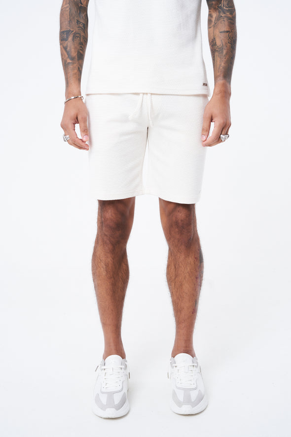 TEXTURED ESSENTIAL SHORTS