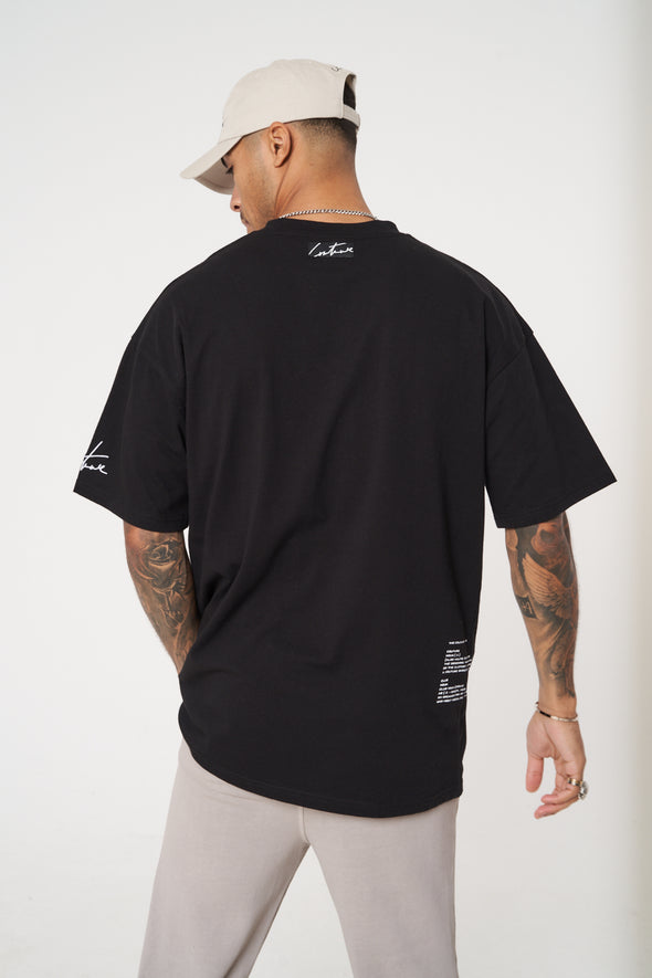 BLACK RUBBER BADGE DEFINTION OVERSIZED T-SHIRT