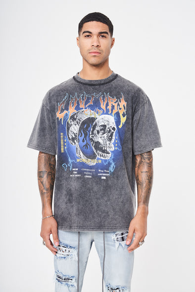 TOUR GRAPHIC OVERSIZED T-SHIRT