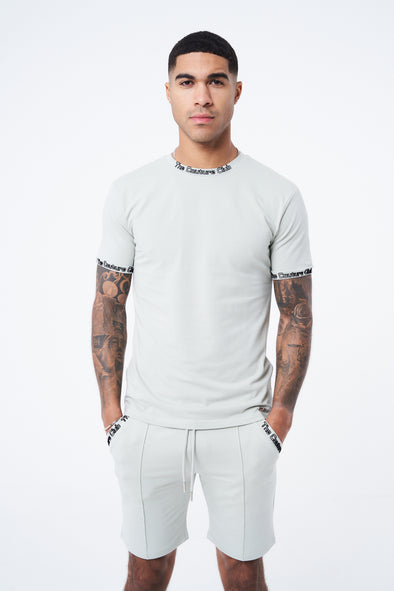 FLOCK DETAIL SLIM FIT T SHIRT