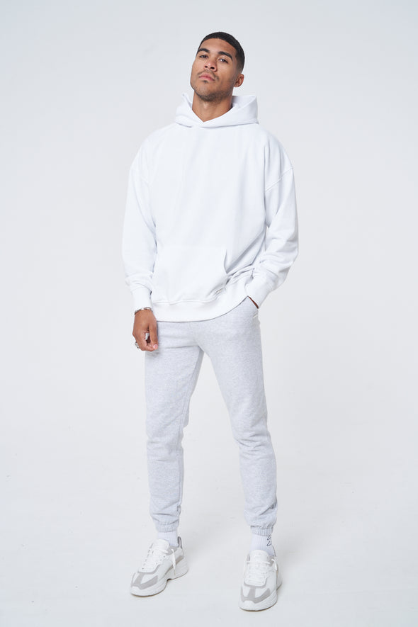 SUSTAINABLE BASICS OVERSIZED HOODIE