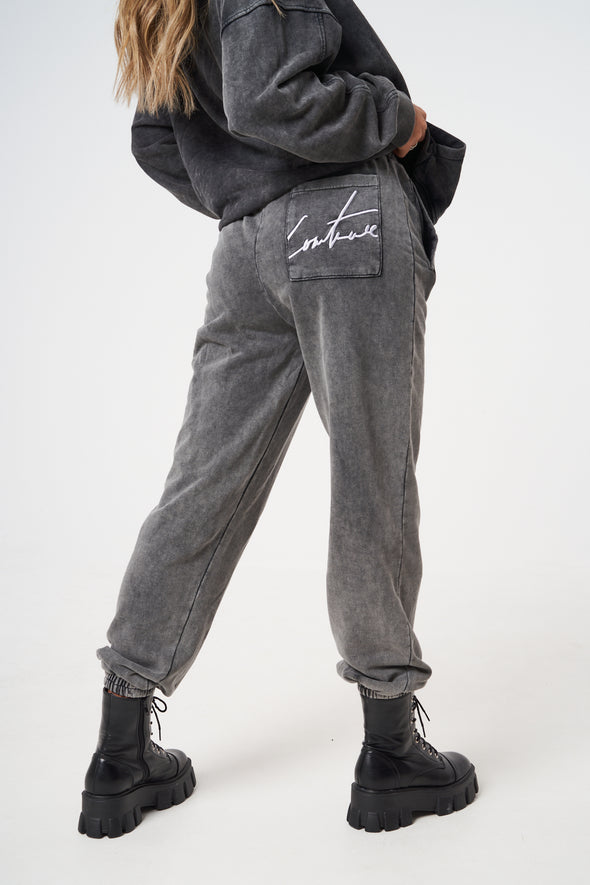 ESSENTIAL VOLUME JOGGERS