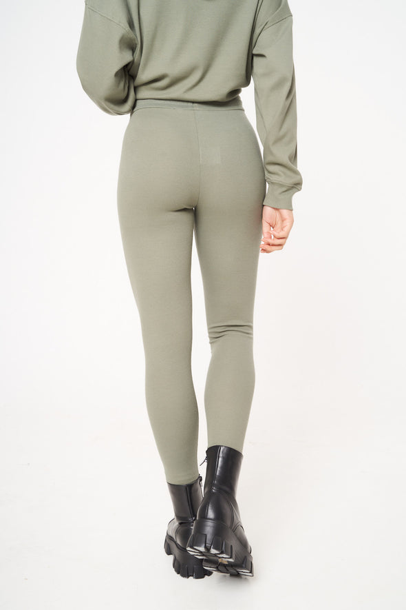 SIGNATURE RIBBED LEGGINGS
