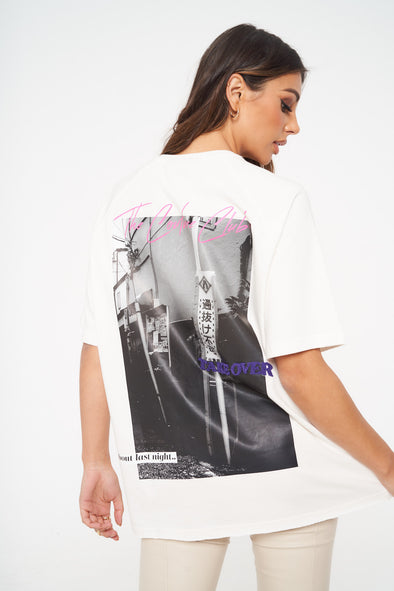 RETRO GRAPHIC OVERSIZED T-SHIRT