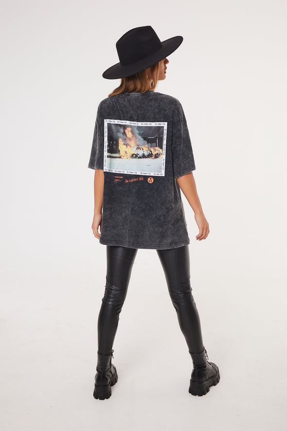SPLICED GOTHIC GRAPHIC T-SHIRT