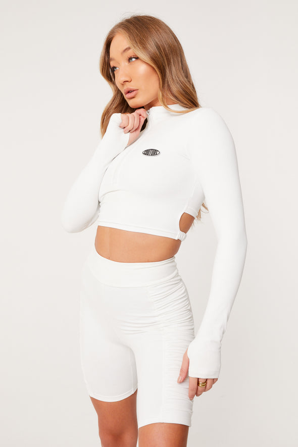 FUNNEL NECK RUCHED STRAP CROP