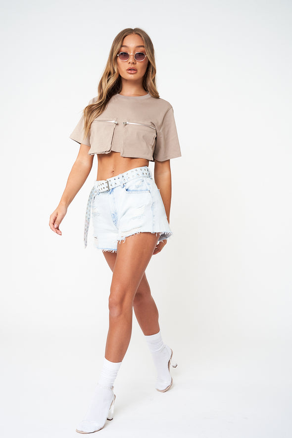 RIPPED BELTED DENIM MINI SHORTS