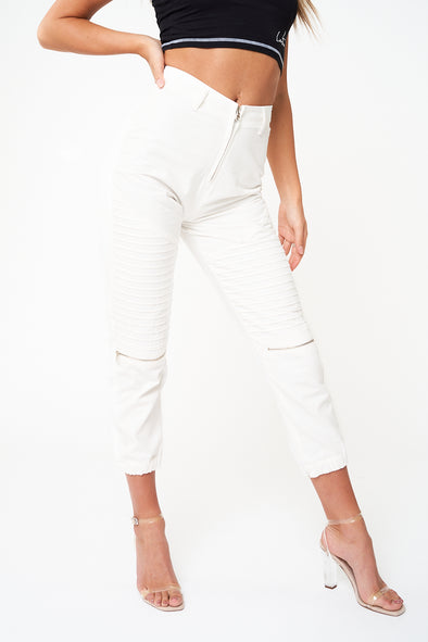 RIBBED PANEL CROPPED CARGO PANTS