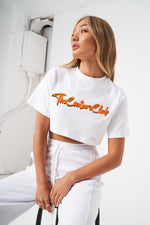 CHENILLE BADGED CROPPED T-SHIRT