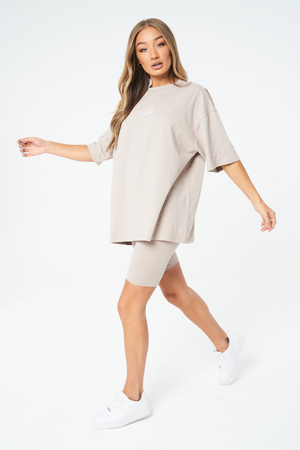ESSENTIALS OVERSIZED T-SHIRT