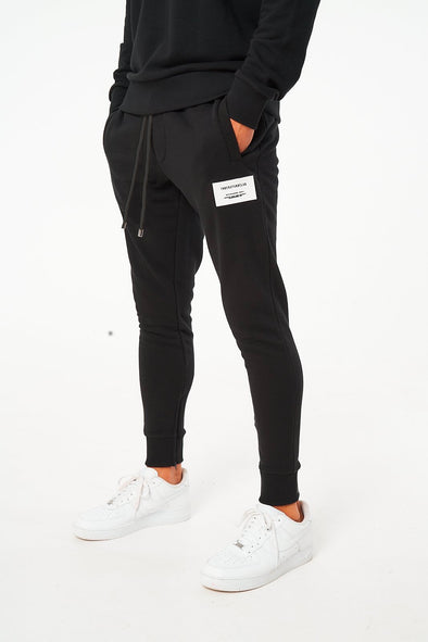RUBBER BADGE SMART TAPERED JOGGERS