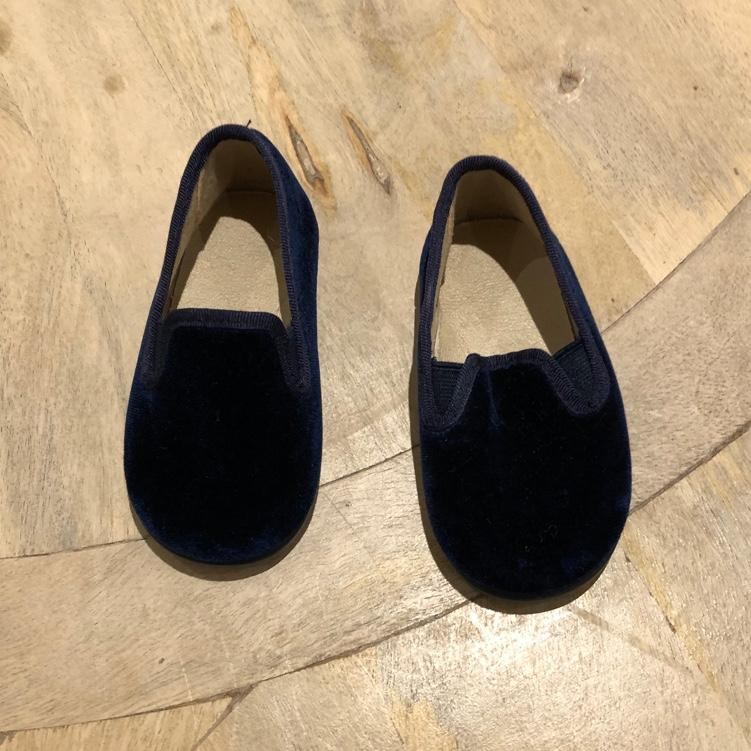 Petite PlumeShoes size 22